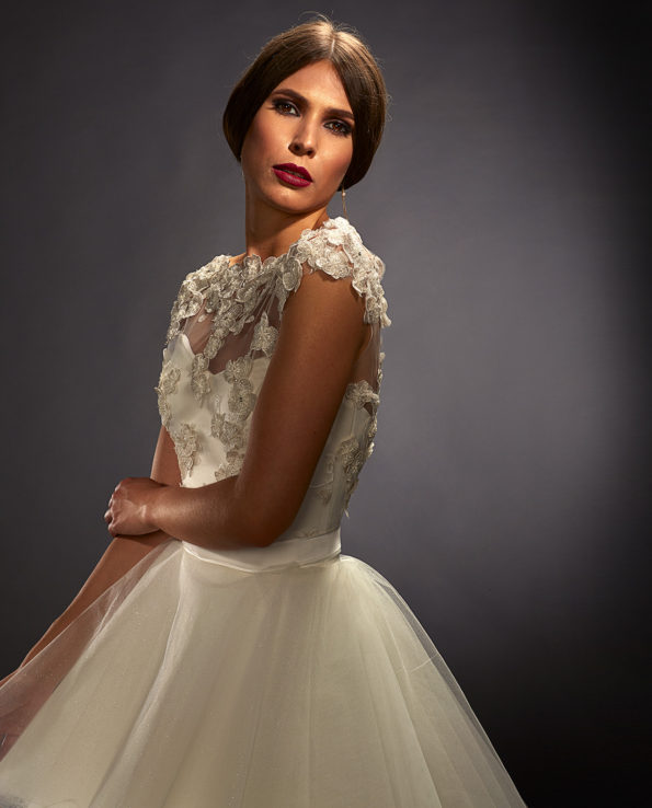 Scarlett wedding gown with Bennett Top. Weddinggown. Weddingdress. Luxury Bridal Wear. Gudnitz Copenhagen.