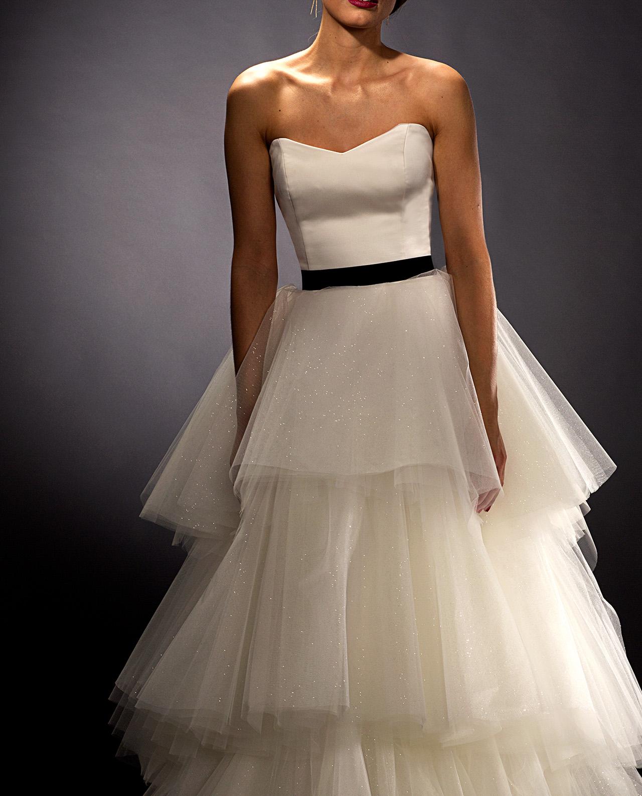 5ecdc2e8f8af Scarlett weddingdress with black plain velvet belt. Weddinggown. Wedding  Accessories. Brudetilbehør. Brudebælte