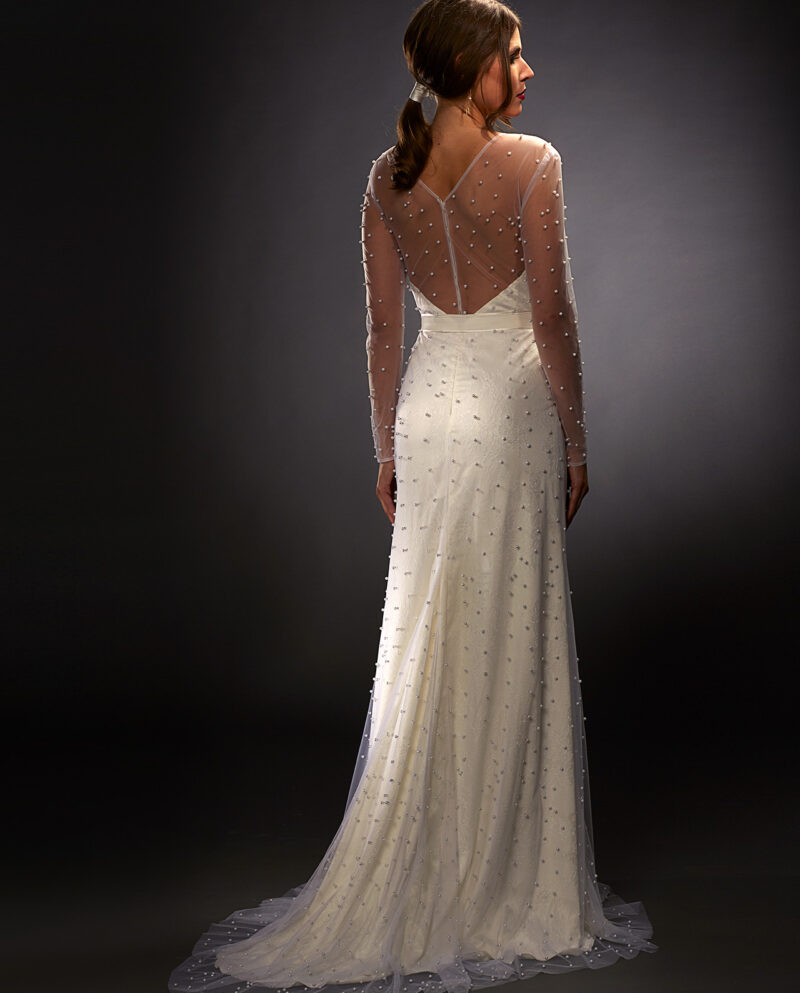 Selina weddingdress. Weddinggown. Weddingaccessories. Brudekjole. Brudetilbehør. Perler. Pearls. Gudnitz Copenhagen