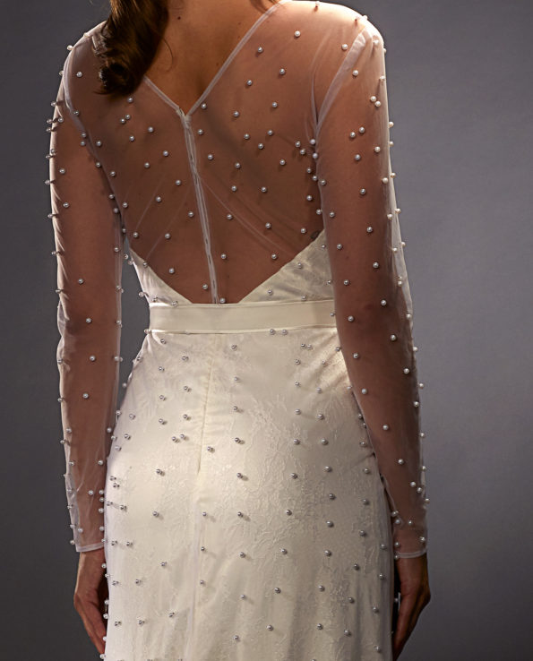 Selina weddingdress. Weddinggown. Weddingaccessories. Brudekjole. Brudetilbehør. Perler. Pearls. Gudnitz Copenhagen