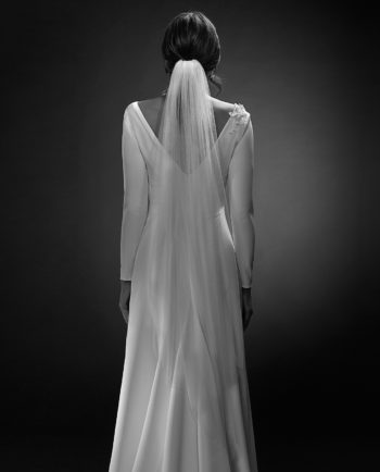 Stella White Label with Gardner veil. Luxury Bridal Wear. Weddingveil. Gudnitz Copenhagen