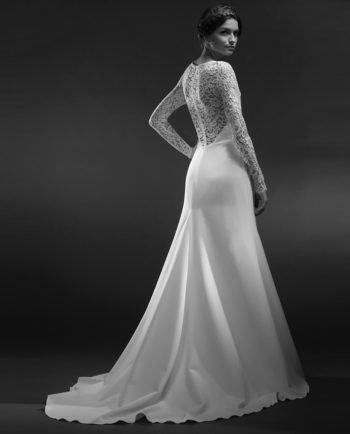 Christy wedding dress. Our New Vintage styles are either not continued styles or one-of-a-kind couture dresses. Gudnitz Copenhagen