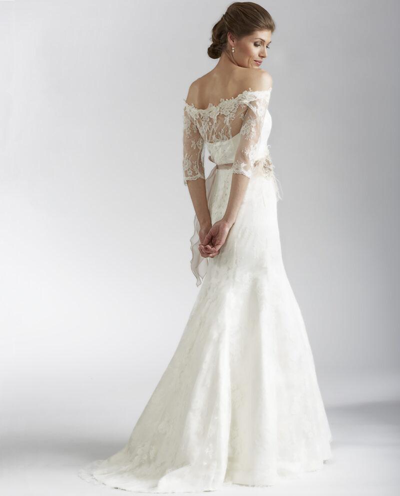 Fanny Fleur Lace New Vintage wedding dress. Gudnitz Copenhagen