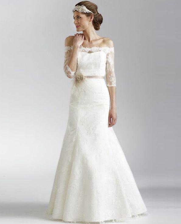 Fanny Fleur Lace wedding dress. New vintage. Wedding dress. Bridal wear. Gudnitz Copenhagen