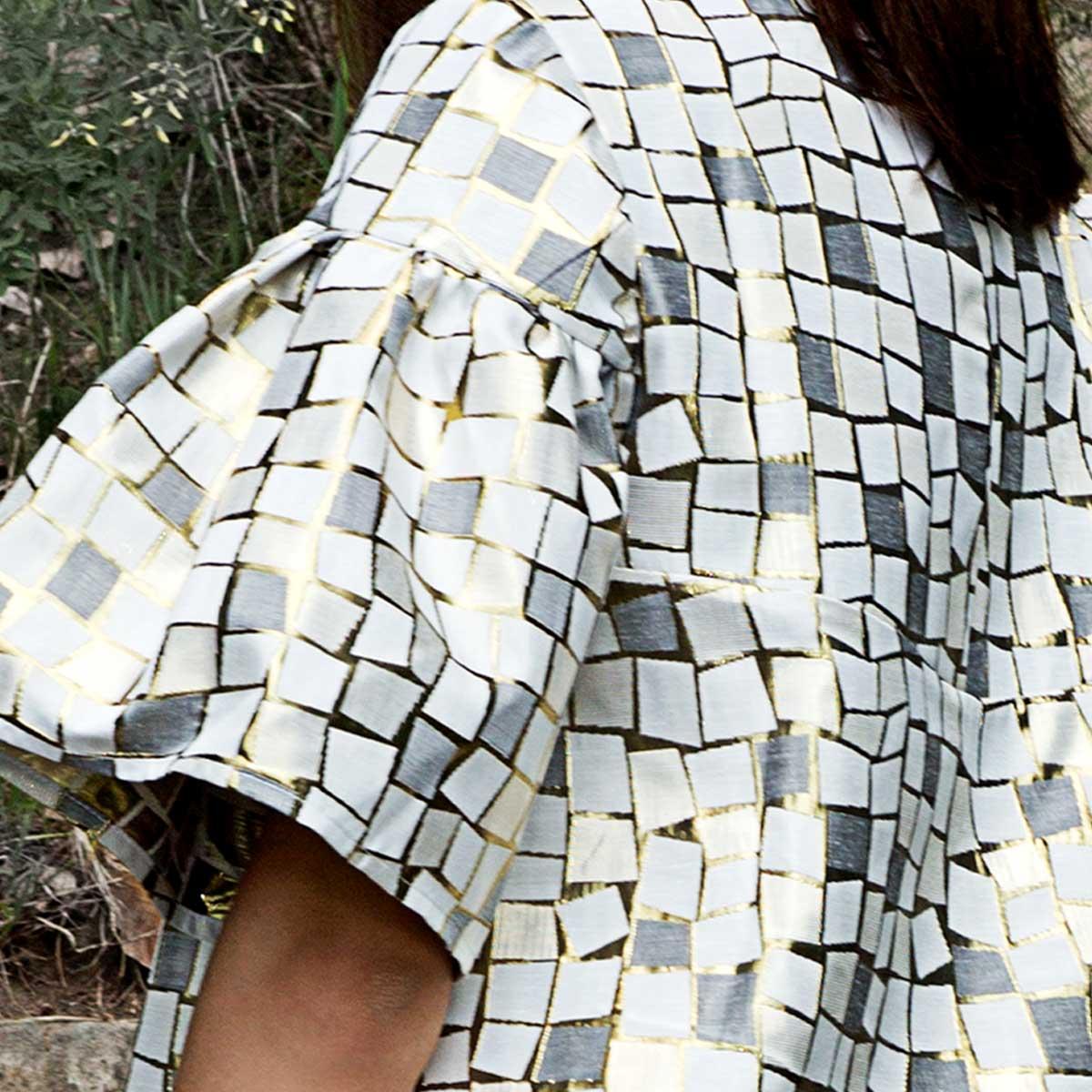 Twiggy dress. Short dress. Designed for loose fit. Non-stretchy fabric. Gudnitz Copenhagen