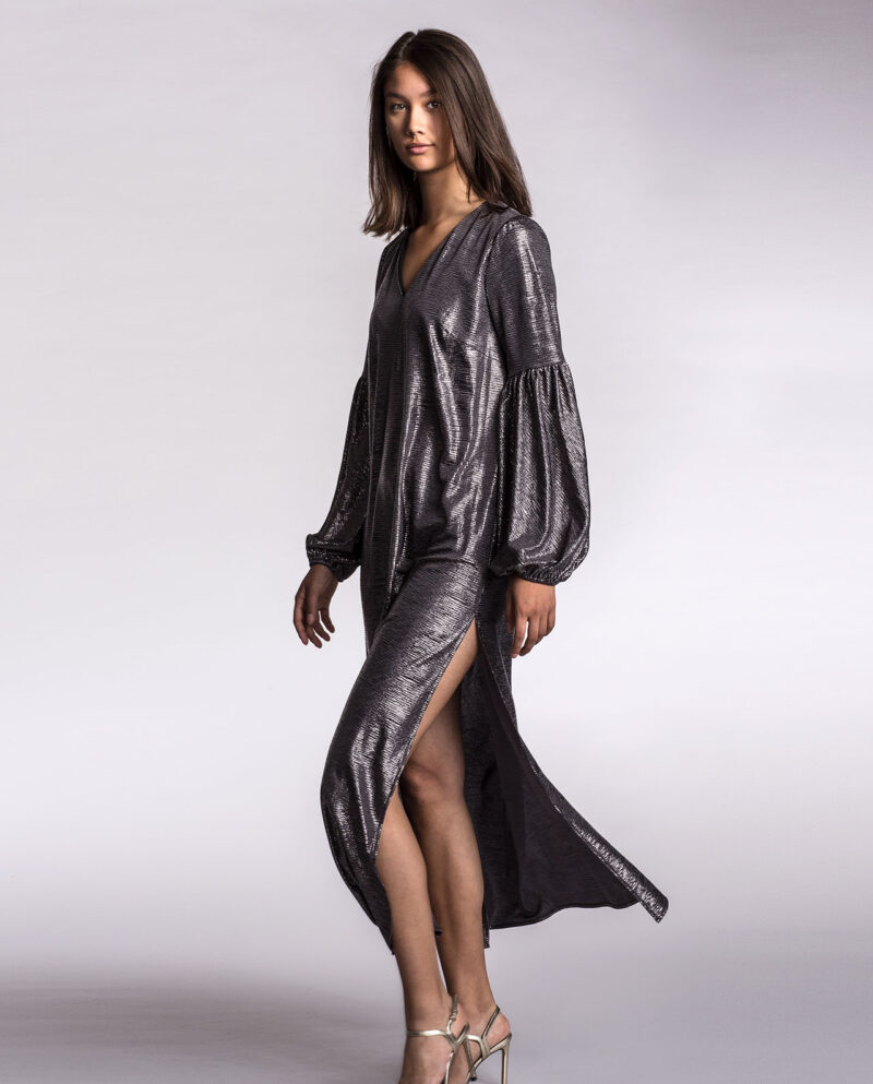 Milla silver dress with over-sized sleeves. Dress Up collection. Gudnitz Copenhagen