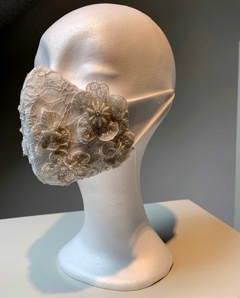 facemask in ivory lace and beaded pearl flowers. By Gudnitz Copenhagen