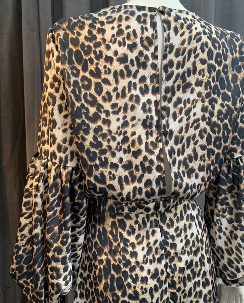 Gudnitz Copenhagen. Gaia Leopard. Dress Up. Going Out. Leopard Dress. Dresses. Party dress. Cocktail dress. Evening wear. Dinner dress. Party dress. Designer dress. Casual dress. Designed by Rikke Gudnitz